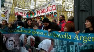 Manifestación Telemadrid, pancarta CeAQUA, 12.01.2014
