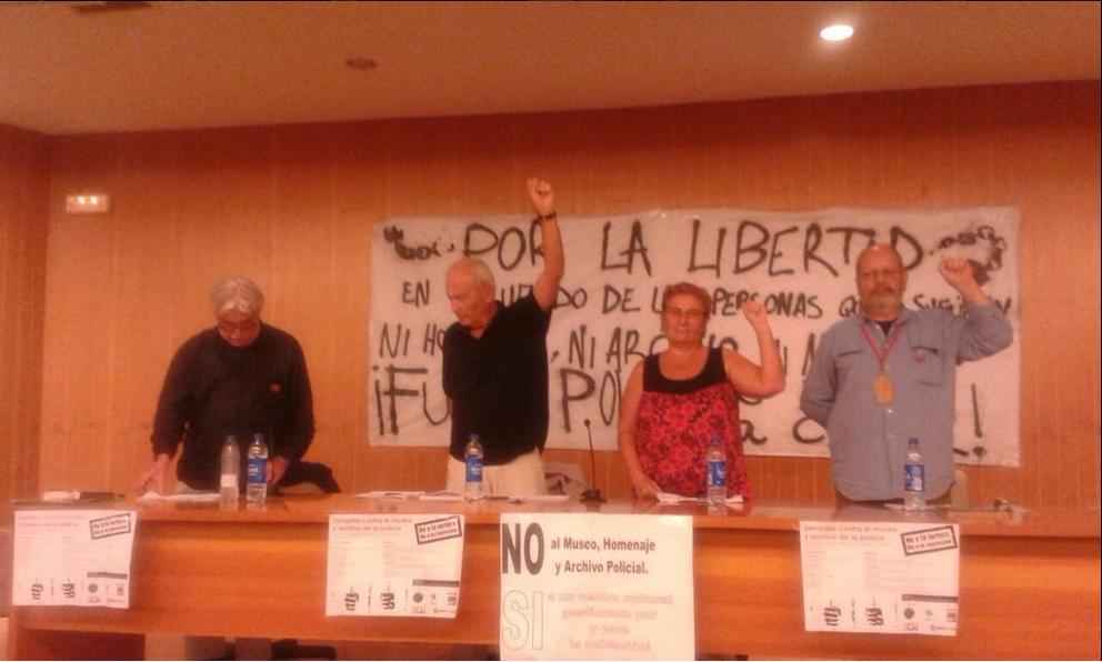 Gracias a todxs lxs que nos acompañaron en la charla sobre nuestra historia en la Cárcel de Palencia. #MemoriaColectiva. Luis Roncero, Francesc Tubau, Carmen Estébanez y Antonio Pérez.